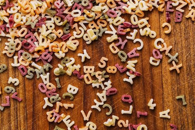 Lettres de pâtes