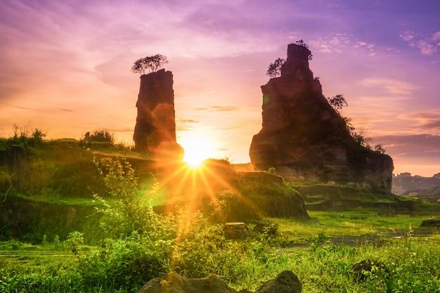 Lever du soleil, dans, brun, canyon, semarang, indonésie