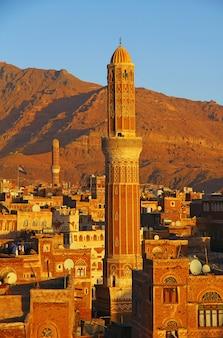 Le lever du soleil à sanaa, yémen