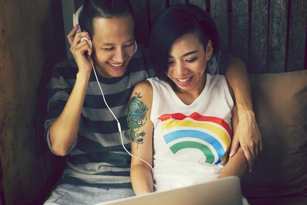 Lgbt asiatique couple amoureux