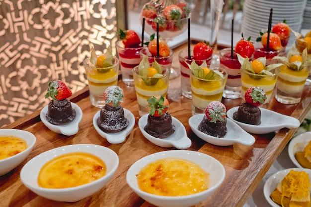 Ligne de desserts traiteur en cérémonie de mariage