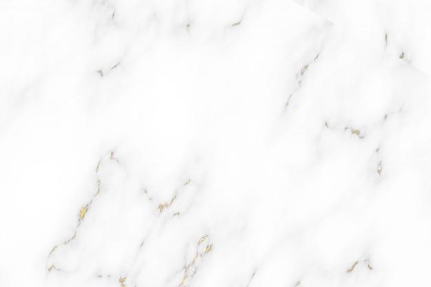 Ligne minérale dorée et intérieur de luxe en marbre de granit blanc