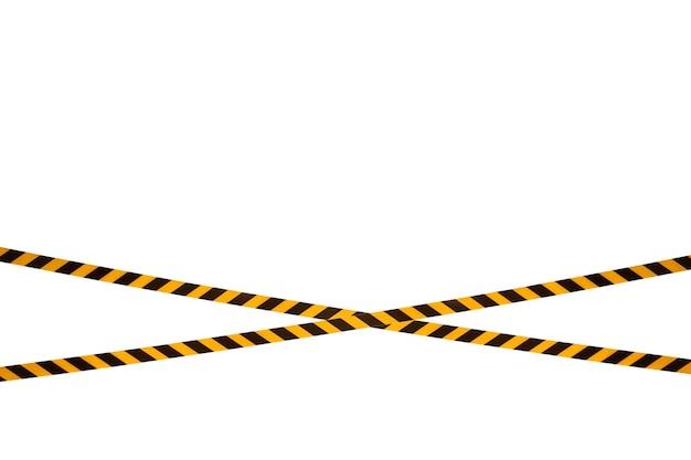 Les lignes d'avertissement noires et jaunes du ruban barrière interdisent le passage. ruban de barrière sur isolat blanc. barrière qui interdit la circulation. danger avertissement zone dangereuse n'entrez pas. concept de pas d'entrée. espace de copie