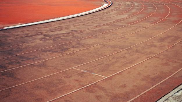 Lignes de course piste de course pour le fond des athlètes.