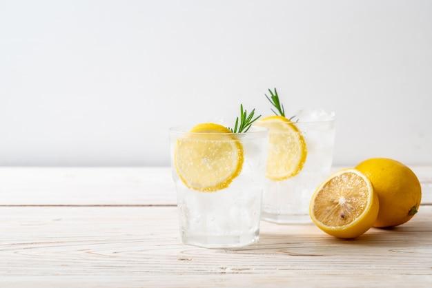 Limonade glacée soda