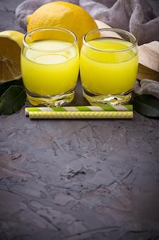 Limoncello liqueur italienne aux citrons