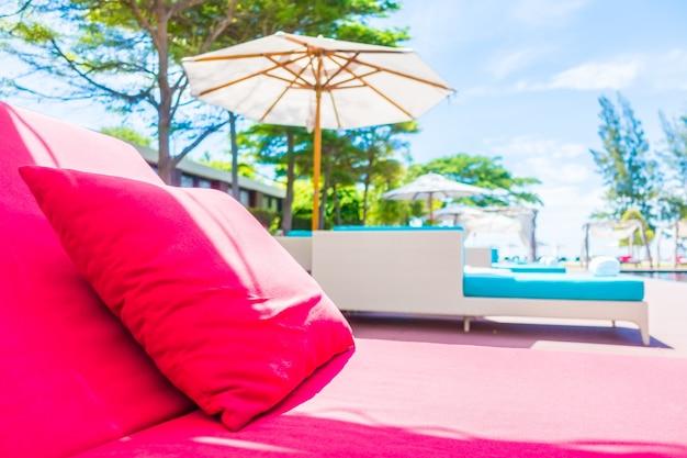 Lit de vacances terrasse plage paradisiaque