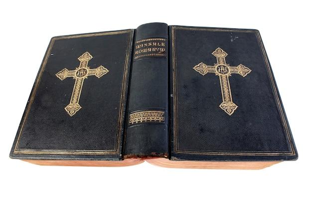 Livre ancien de la messe romaine.