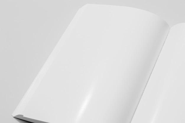 Livre de l'espace copie blanche