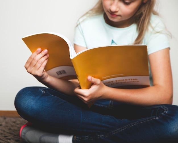 Livre d'exercices pour les filles