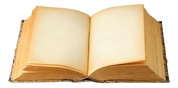 Livre vintage ouvert avec espace copie isolé sur blanc