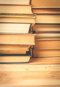 Livres cartonnés anciens et d'occasion