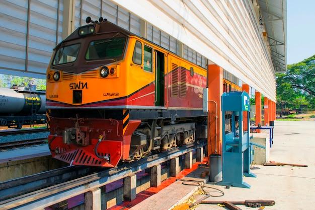 Locomotive diesel électrique alstom