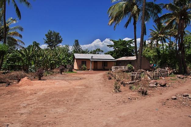Lodge dans le village de masai, tanzanie