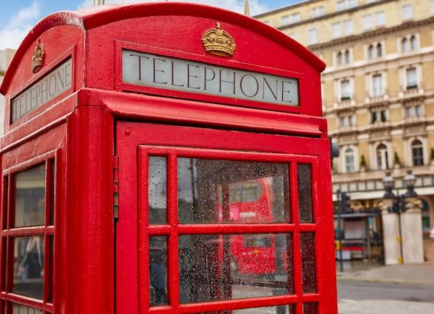 Londres vieille cabine téléphonique rouge