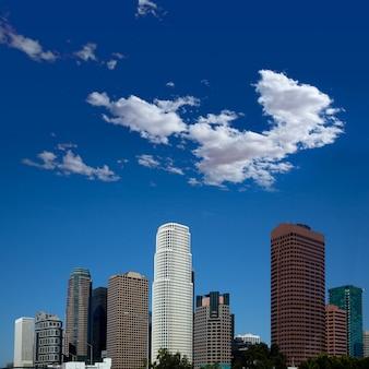 La los angeles downtown cityscape en californie