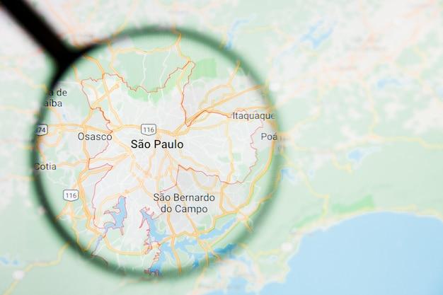 Loupe sur la carte du brésil