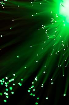 Lumière de fibre optique en vert
