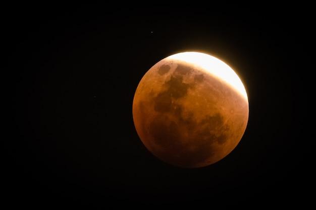 Lune super sang