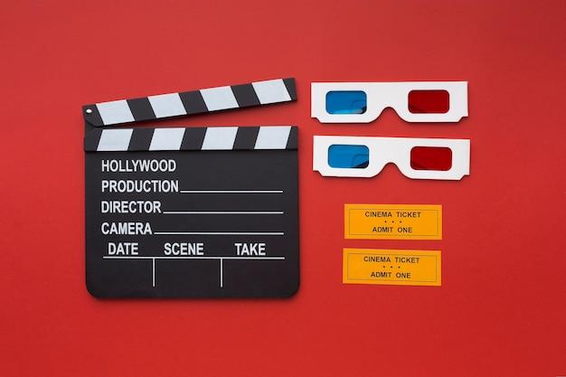 Lunettes et billets de cinéma 3d