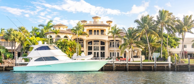 Luxe waterfront mansion à fort lauderdale en floride