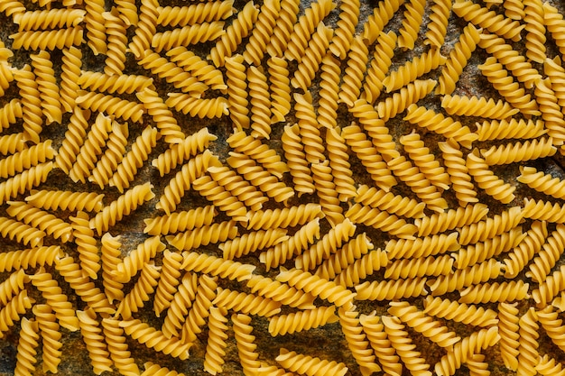Macaroni pâtes alimentaires crues