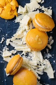 Macarons d'agrumes au chocolat blanc