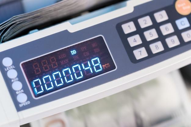 Machine à calculer en gros plan