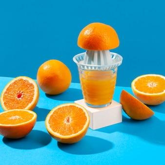 Machine à jus et oranges
