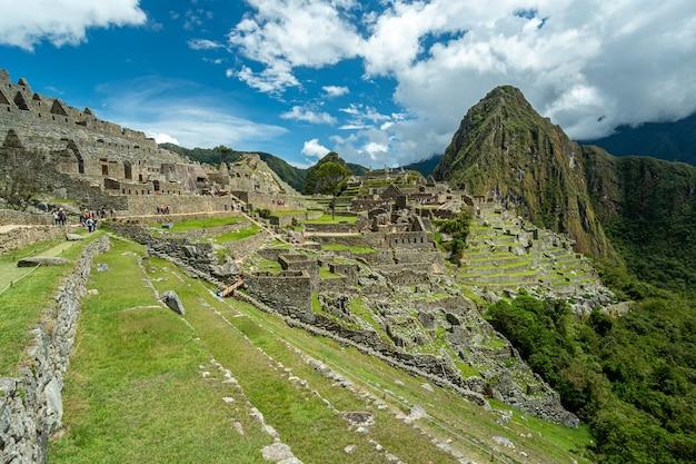 Machu picchu, connue comme la cité perdue des incas, pérou le 10 octobre 2014.