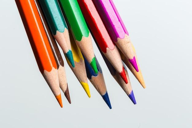 Macro shot de couleur crayon pile crayon