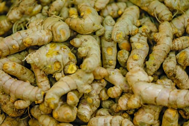 Magasin de légumes frais sur le marché indien