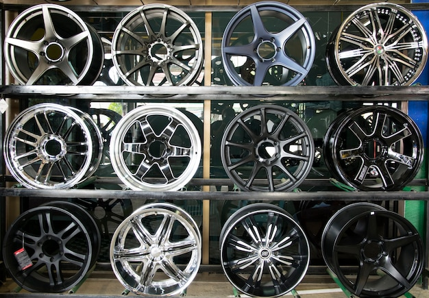 Magasin de roues en alliage de voiture