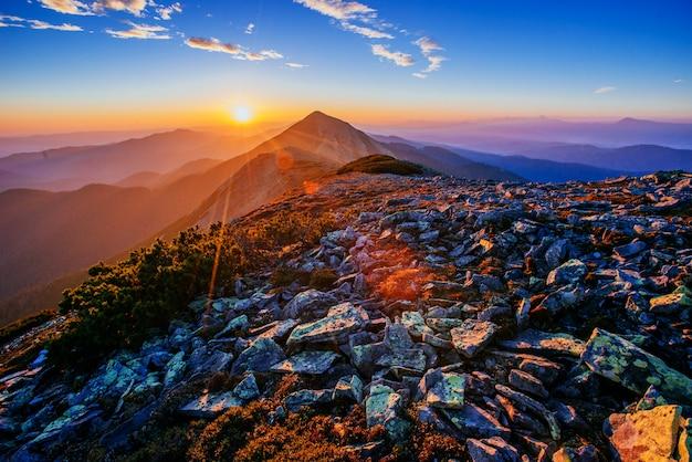 Magnifique de lever de soleil