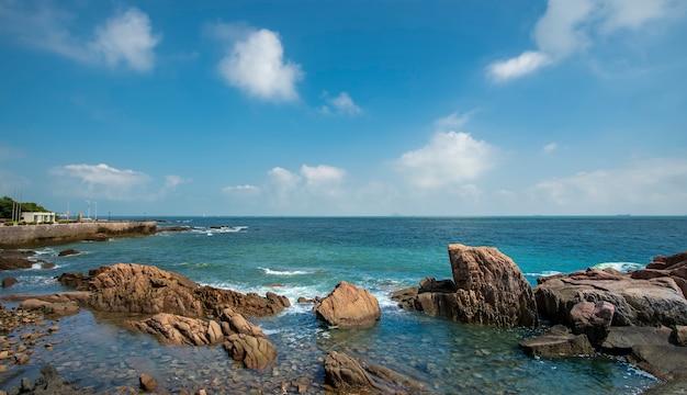 Le magnifique littoral et le paysage architectural de qingdao