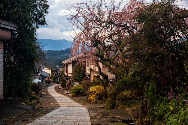 Magome juku au printemps, vallée de kiso