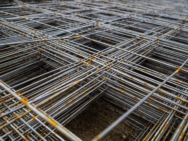 Maille métallique pour béton. treillis d'armature pour base de sol en béton