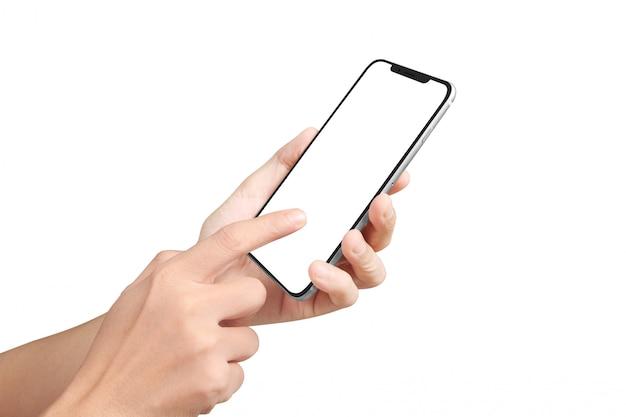 Main d'homme tenant l'appareil smartphone et écran tactile