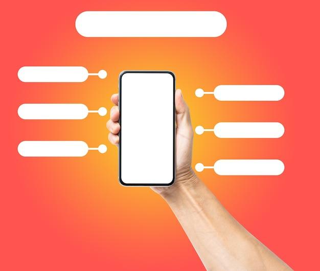 Main d'homme tenant un smartphone noir avec un modèle d'infographie vierge. concept de technologie d'entreprise