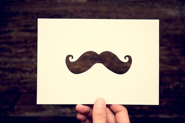 Main moustache papier sculpté