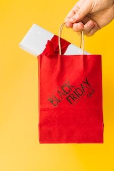 Main, personne, tenue, artisanat, paquet, à, boîte cadeau