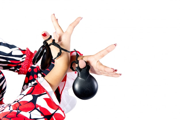 Mains détail de danseuse de flamenco dans une belle robe