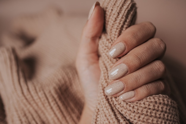 Mains de la mariée
