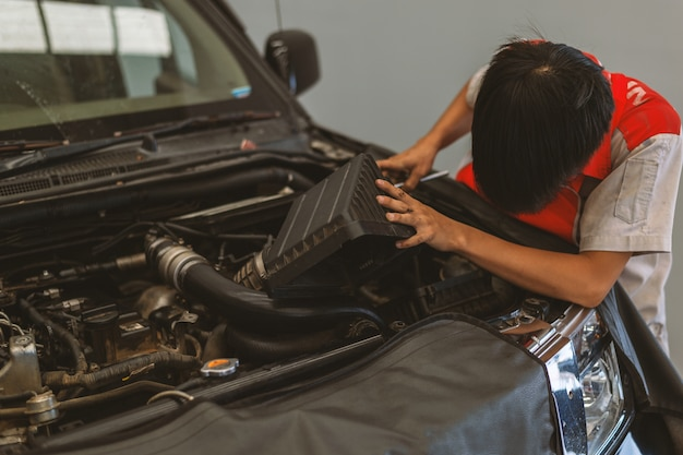 Maintenance mécanique du véhicule