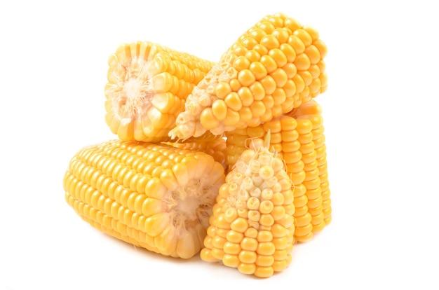 Maïs isolé sur blanc