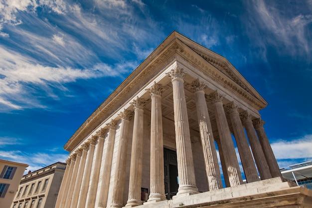 Maison carrée, temple romain de nîmes, france