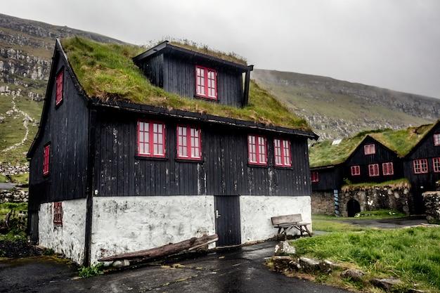 Maison à kirkjubour