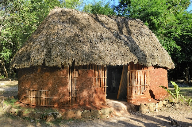 Maison maya traditionnelle