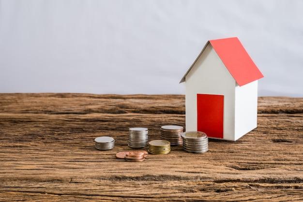 Maison en papier symbolisant