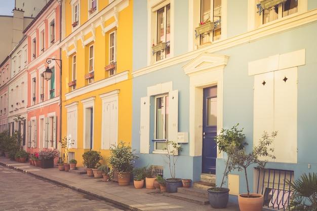 Maisons colorées à paris